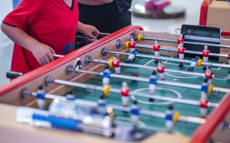 6 Indoor Games That Guarantee Your Kids A Fun Time