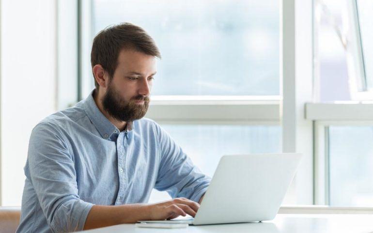 Popular laptops to buy in 2017