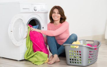 Pros and cons of stackable washers and dryers