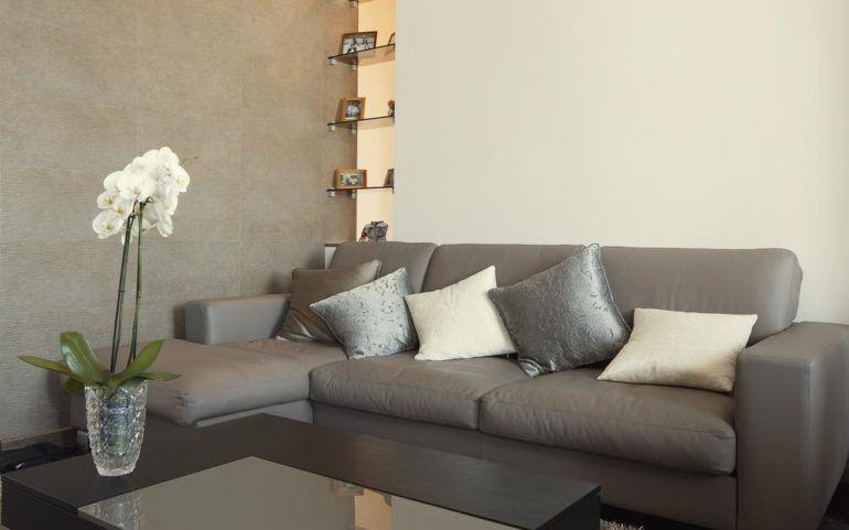 Tips for choosing living room furniture