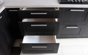 Tips to know the kind of kitchen cabinet suitable for your kitchen