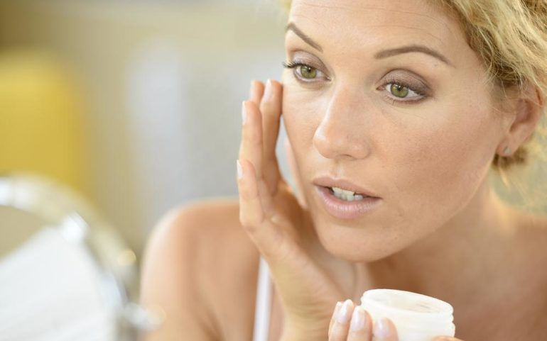 Tips to take care of dry skin during winters