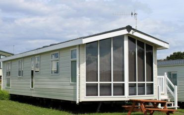 Pros and cons of owning a pre-owned mobile home