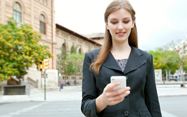 5 reasons to buy a prepaid cell phone