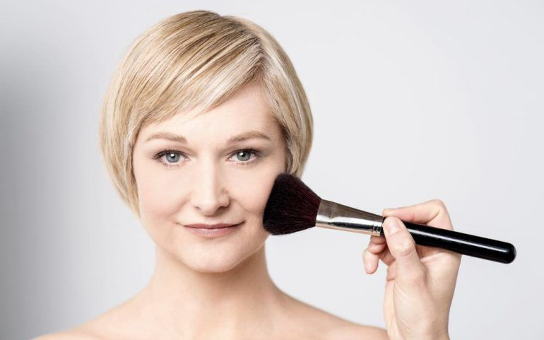 Best mineral foundations for aging skin