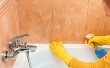 10 essential bathroom cleaning products for every home