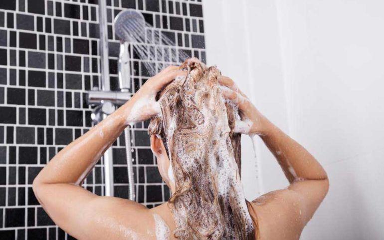 4 Effective Shampoos for Thin Hair
