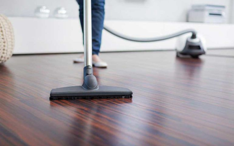 4 Popular Vacuum Cleaners to Choose From