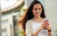 4 factors to consider while choosing a mass text messaging service
