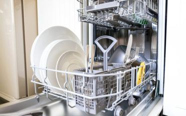 5 Tips To Consider Before Buying A Dishwasher