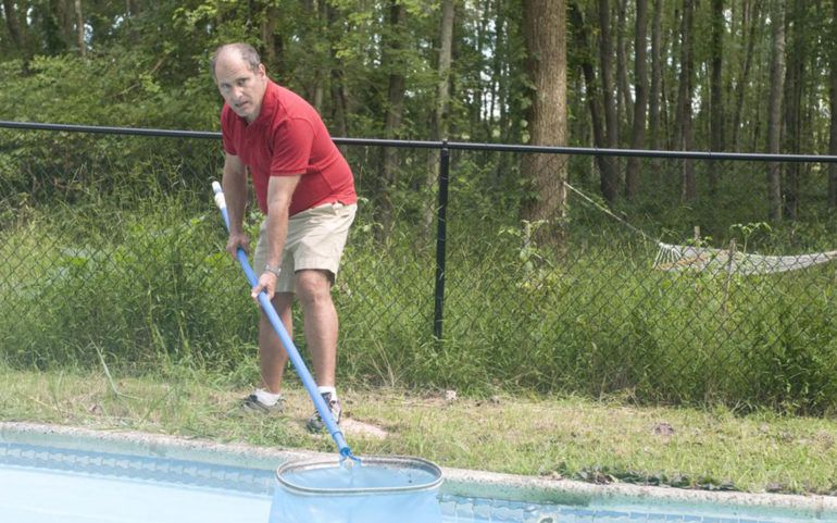 5 reasons why you should hire an expert swimming pool contractor