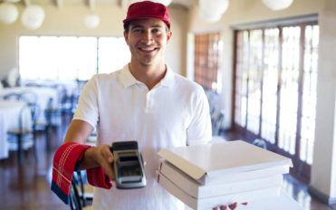 5 simple tricks to improve your pizza delivery services