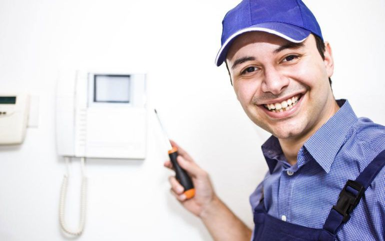 6 reasons to install a home alarm system