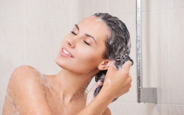 8 Effective Shampoos for Hair Loss Treatment