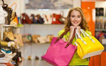 A Guide to Designer Handbag Sales
