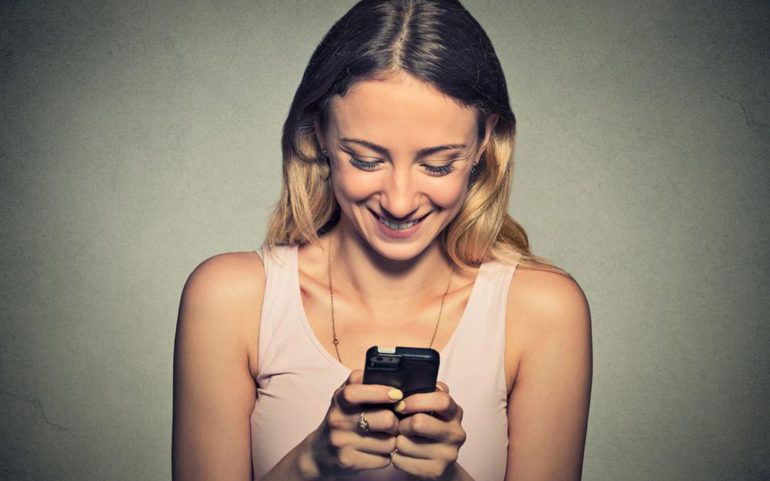 Advantages of no-contract prepaid cell phones