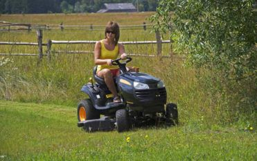 Best 5 Small Riding Lawn Mowers