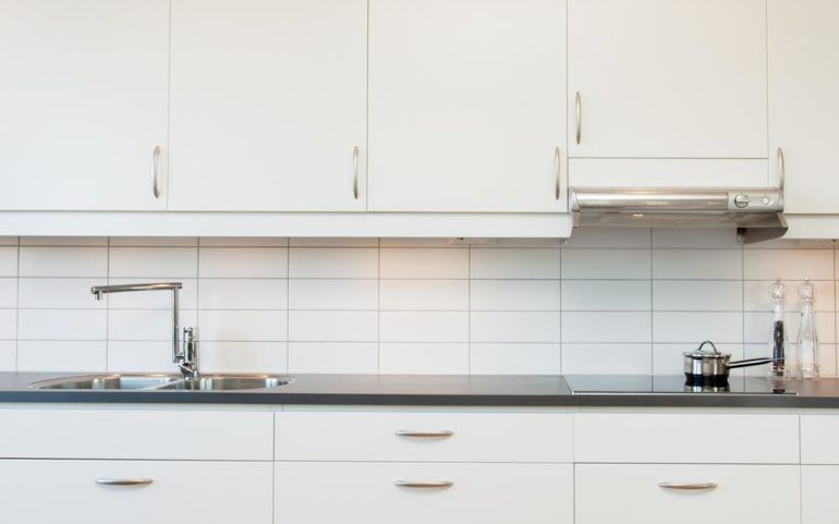 Buying the best kitchen cabinets online
