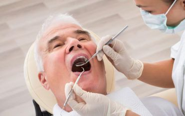 Dental insurance for seniors – Find the right one