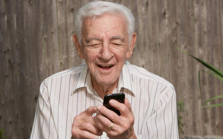 Here's how to avail free cell phones for seniors
