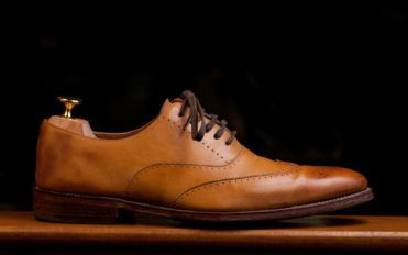 How to choose the right dress shoes