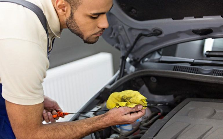 Know when to change oil in your car