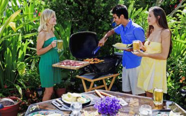 Popular Gas and Charcoal Grills for Outdoor Cooking