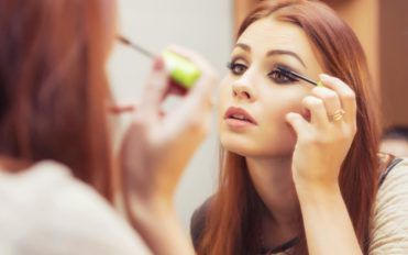 Popular Mascaras That You Can Opt For