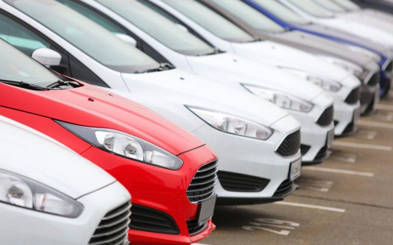 Popular hybrid cars that rule the markets
