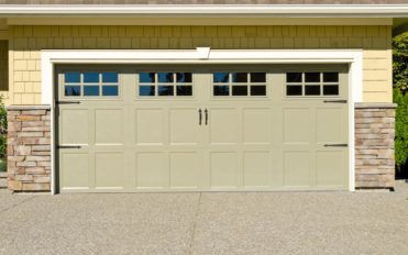 Popular types of garage doors available to buy
