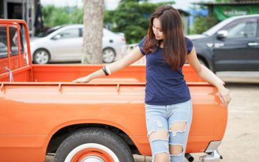Pros and cons of small second-hand trucks