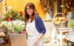 Start your own flower delivery business