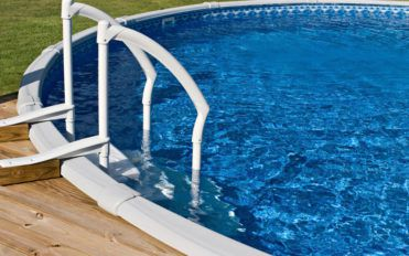 The essentials of choosing the right above ground pools