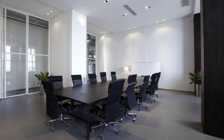 The finest black office desks in the 2018 market