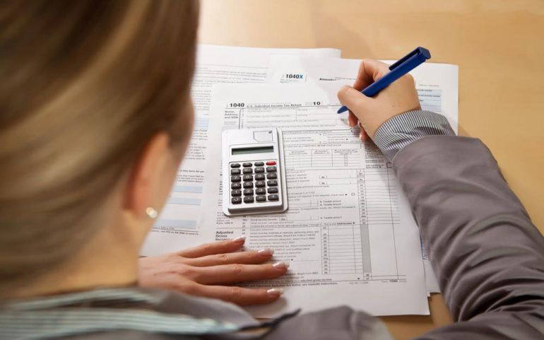 Things you need to know about your income tax refund status