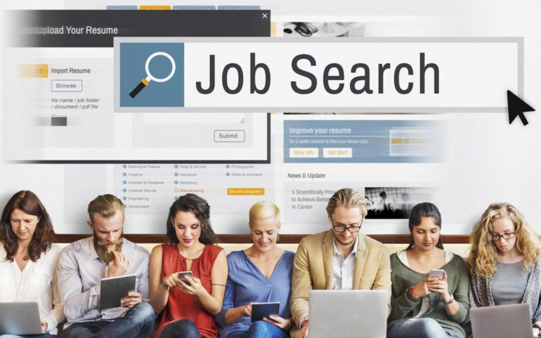 Tips to follow for a successful job search when looking through job listings