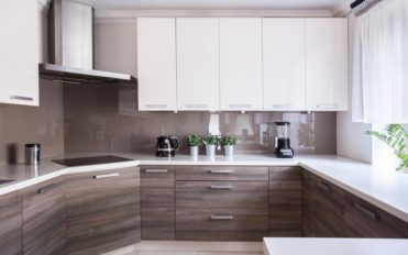 Tips to follow when purchasing the best kitchen cabinets online