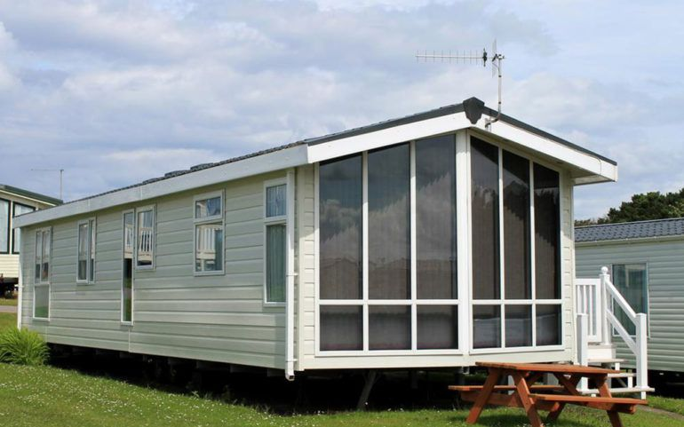 Top 4 benefits of moving into a mobile home