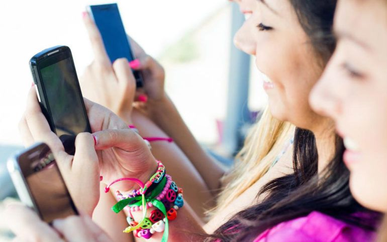 Top four budget cell phone carriers