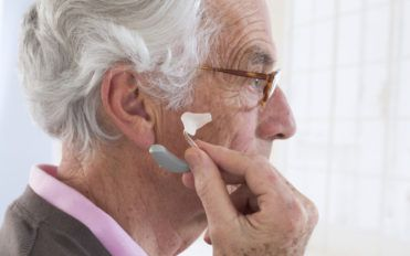 Ways To Get Hearing Aids At A Lower Price