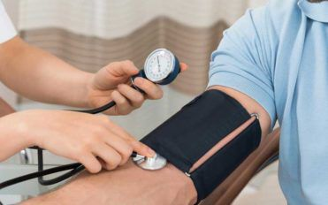 10 Ways to Control High Blood Pressure