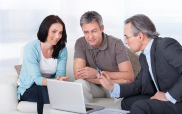 2 things to consider while getting a payday loan