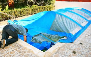 3 different kinds of pool solar covers