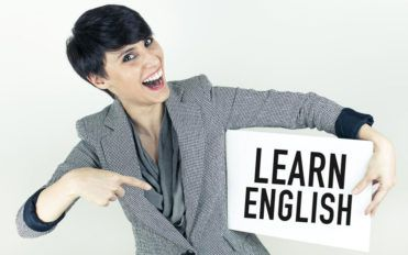 3 popular English classes that you can enroll in