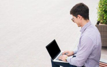 3 popular Windows laptops for you