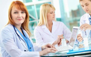 3 popular online resources to look for jobs for physicians