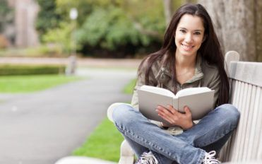3 ways cut down expenses for college students