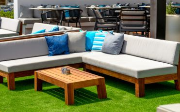 4 Affordable Stores to Buy Patio Furniture on Sale