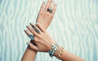 4 Best Brands For Affordable Trendy And Funky Jewelry