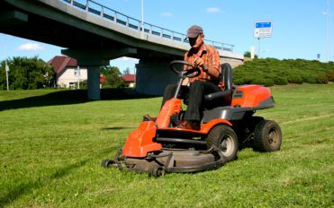 4 Best Brands For Lawn Equipment
